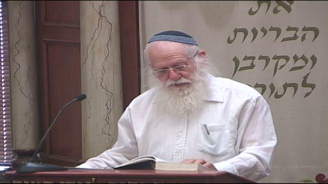 אסור ללגלג על מי שדורש בבית הכנסת