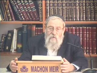 הקדמת הכהן והלוי בקריאת התורה