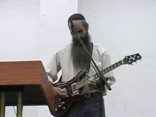סיפור אישי בלווי גיטרה