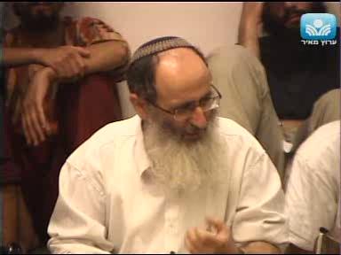 המתח בין ישראל לאומות העולם והאורות שנשבו אל בין האומות
