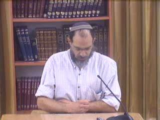 ייחודה של מסכת אבות - העיסוק באבות התורה : המחשבה והמידות