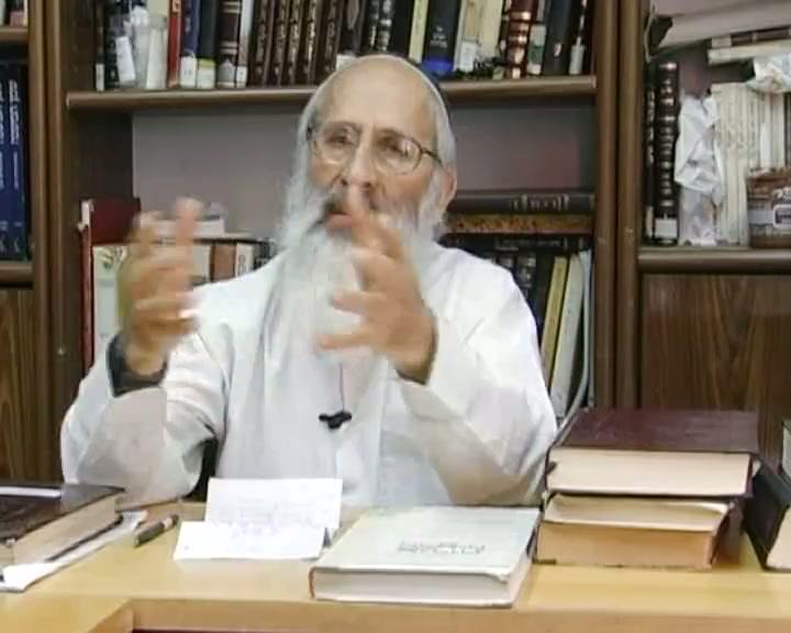 כיצד להתיחס לחיילים שמפנים יהודים מבתיהם