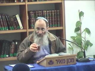 מי מנה עפר יעקב - מדוע נמשלו ישראל לעפר - פרק נז