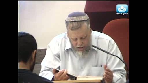 זכות ארץ ישראל שעמדה לעשו - ממנה חשש יעקב