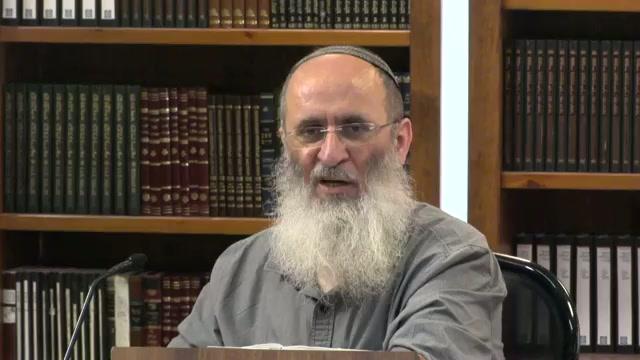 האם אברהם היה מרוצה מנתינת הגר  ?