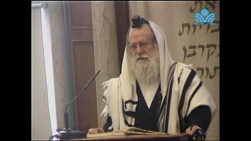 הדלקת נר חנוכה בבית הכנסת בכותל דרום