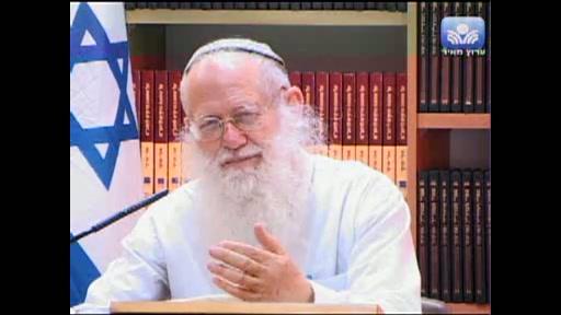 הקשר לכלל ישראל והקשר לצדיק שדרכו אפשר להתקשר לה  יתברך