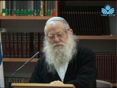 אין תפילתו של אדם נשמעת - אלא בבית הכנסת