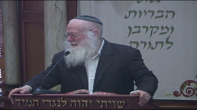 המדבר באמצע התפילה ... והמרים קולו בבית הכנסת ..עונשו גדול