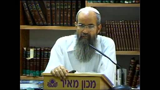 חשיבות הזכרת מעשיהם של צדיקים וההבדל בין אברהם אבינו לנח