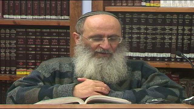 במקרה של התנגשות בין הלוחות לבין עם ישראל - העדיף משה לשבר את הלוחות