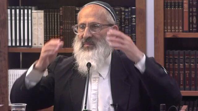"""האם הרב קוק זצ""""ל היה חסיד או ליטאי?"""