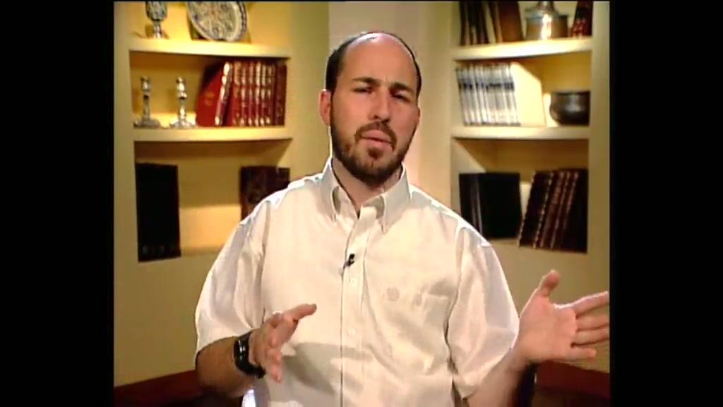 האם תפילה על קברי צדיקים היא מנהג יהודי?