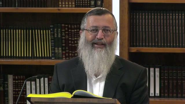 הרב עובדיה יוסף -  חיבור בין התורה למציאות המשתנה