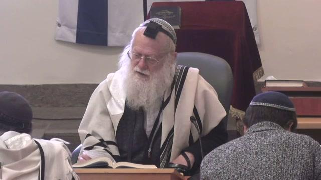 """""""וכפר בעדו ועד ביתו"""" ורק אחר תיקונו העצמי """"ובעד כל קהל ישראל"""""""