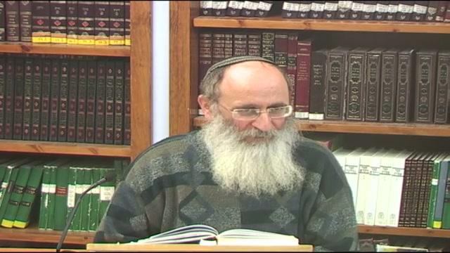 """""""אוזר ישראל בגבורה"""" - מה הקשר בין לבישת החגורה לבין גבורה"""